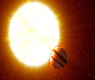 Чёрный сатурн вторит ураганам чужого юпитера