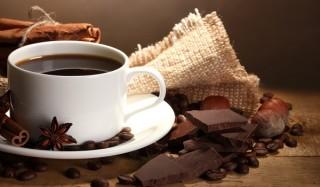 Чтобы кофе был вкусным, нужно правильно выбирать чашки