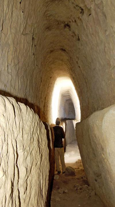 Древний акведук соединил города под землёй