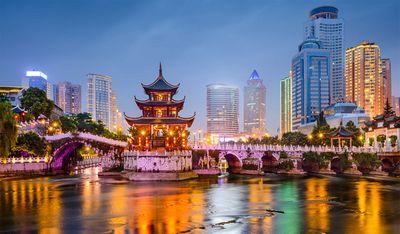Китай: фондовый рынок обновил максимум 10 месяцев