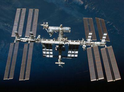 Модулю мкс напророчили визит к астероиду