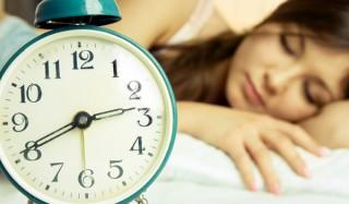Почему мы просыпаемся до сигнала будильника?