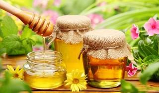 Почему не портится мед?